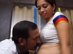 doctor amour tamil aunty in saree navel play